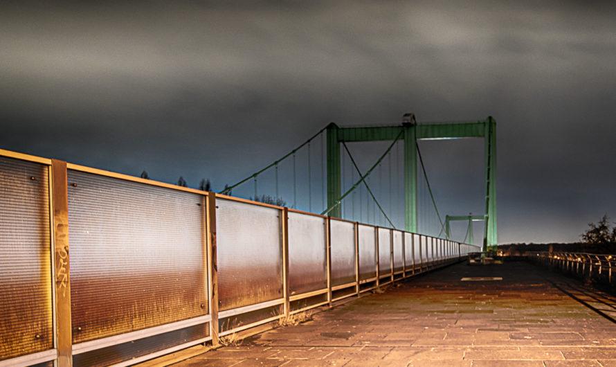 Unter sieben Brücken (Rodenkirchener Brücke)…